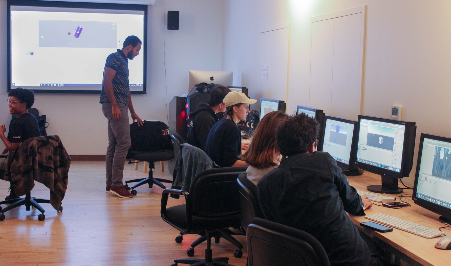 Students work in computer lab