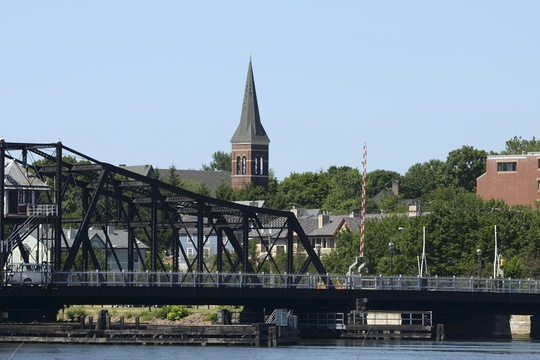 New Haven waterway and bridge